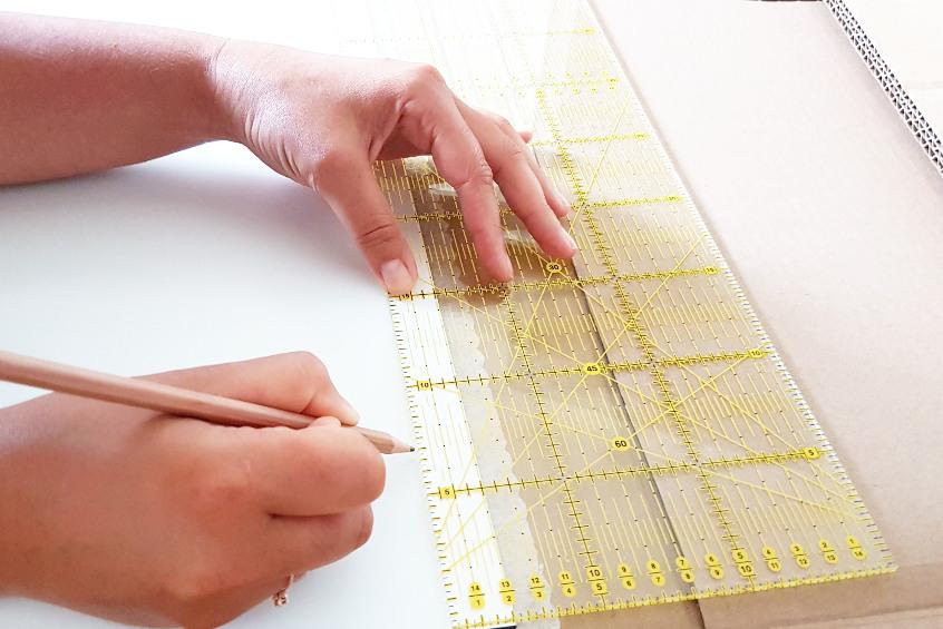 preparations for applying the mountain on art print on alu-dibond
