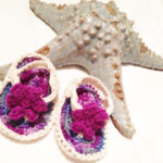 diy crocheted baby sandals with flower