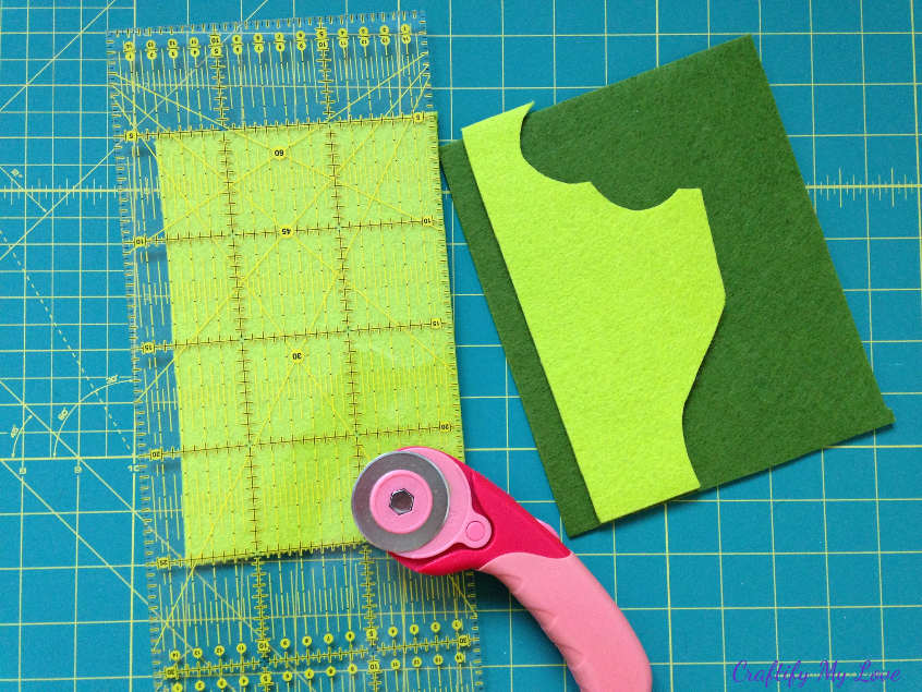 Cut two pieces of felt to size for diy felt tablet sleeve