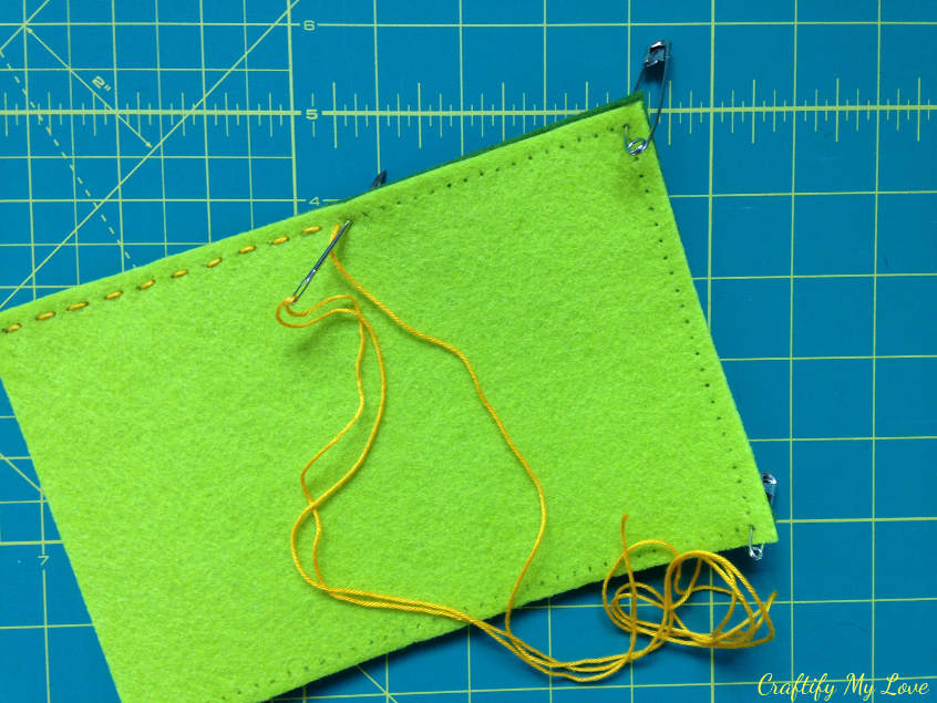 hand stitching diy felt tablet sleeve