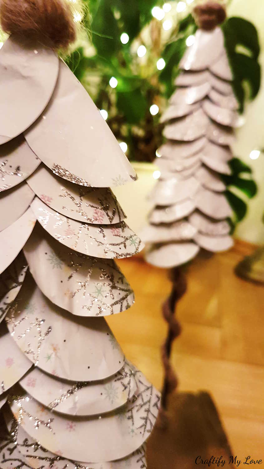 recycle used wrapping paper into this stunning Christmas decor