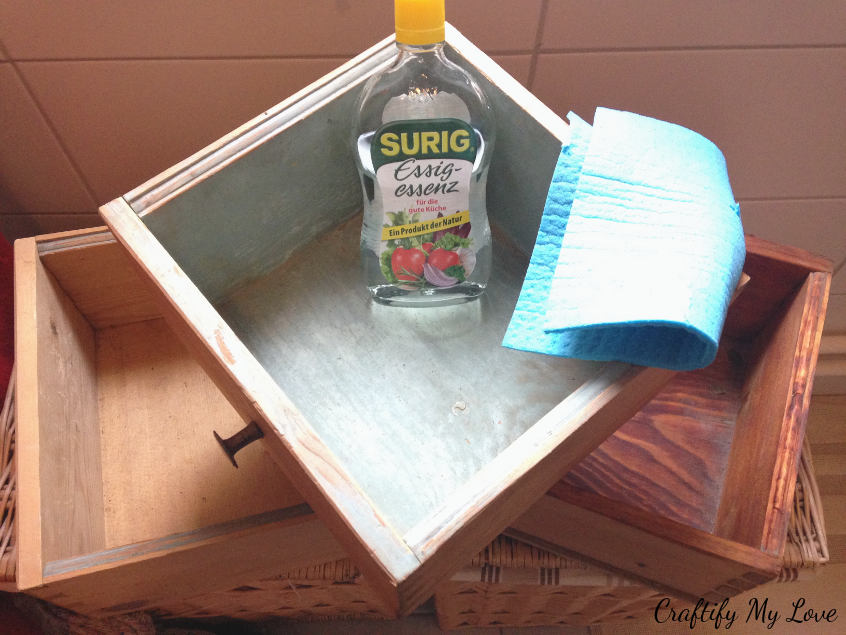 cleaning old drawers thoroughly with vinegar for up cycling project diy decor organization idea