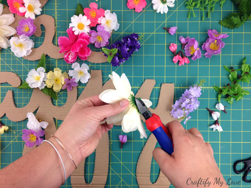 preparing silk flowers for easy spring DIY project