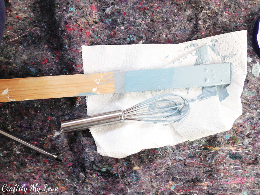 utensils to make diy chalk paint any crafter can do