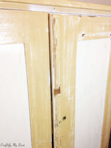 remove splintering old paint completely for better painting results