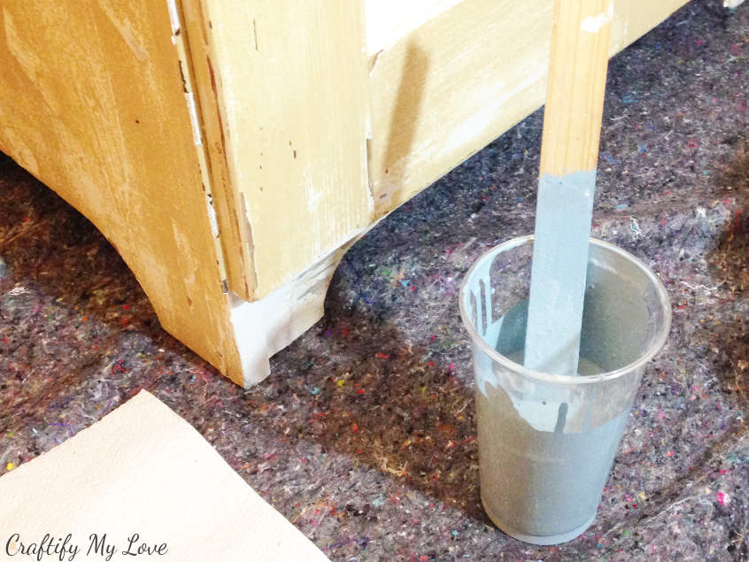 stir your DIY handmade chalk paint well before starting to paint