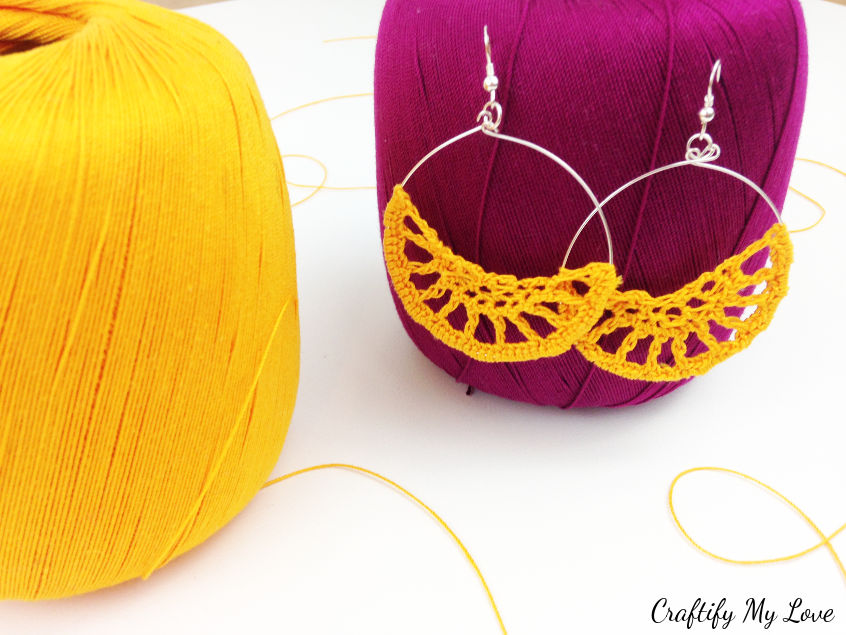 Stunning orange crocheted earrings that are actually super simple and quick to make
