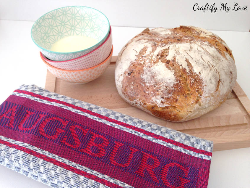 Traditional German housewarming gift is salt and bread