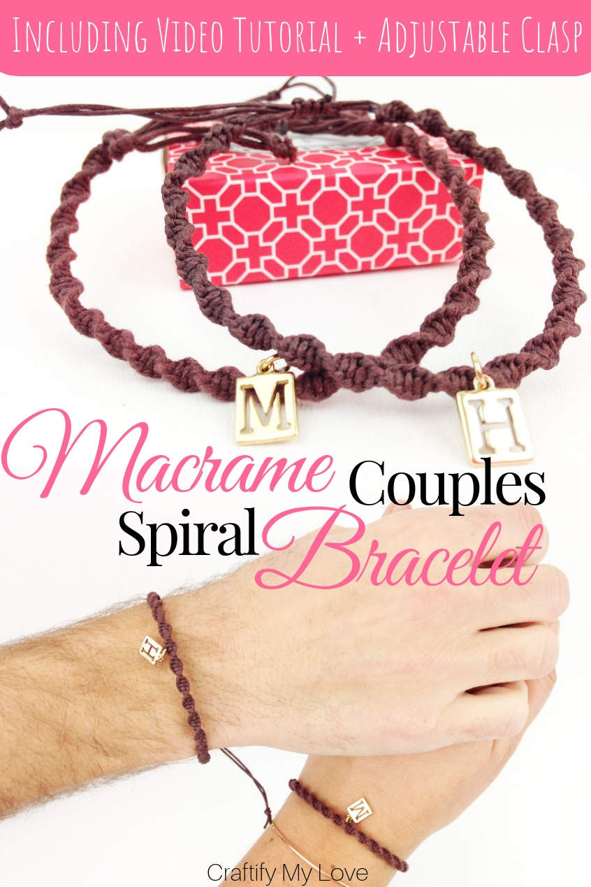If you click through this link you'll find an easy step-by-step video tutorial that will teach you how to make a macrame couples bracelet in a natural spiral form. You can add a charm and will be able to DIY an adjustable sliding knot clasp. #craftifymylove #macrame #Makrame #bracelet #Armband #diyjewelry #couplesbracelet #valentinesday #DIYgiftidea