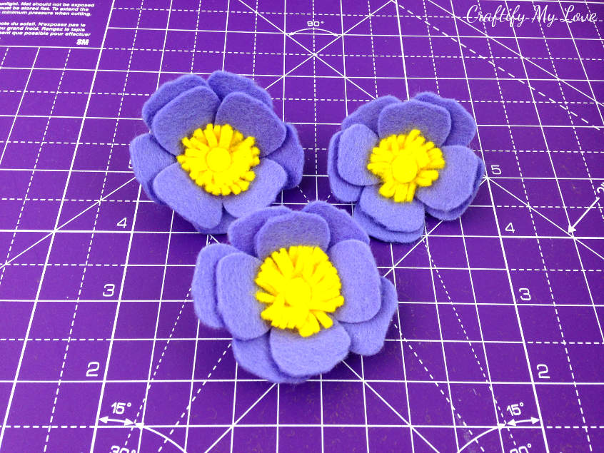 3 realistic felt flower anemone: Beautiful DIY felt craft step-by-step instructions video tutorial