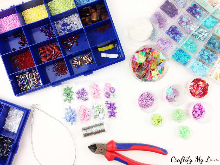supplies for an easy to make sparkly home decor suncatcher